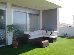 Ideas de #Exterior, Jardin, estilo #Moderno color  #Marron,  #Blanco,  #Gris, diseñado por refor   #CajonDeIdeas