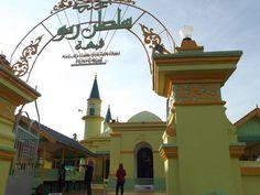 Masjid Raya Sultan Riau, Pulau Penyengat, Tanjungpinang, Kepulauan Riau, Indonesia | #WonderfulIndonesia