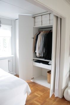 This is a great closet alternative idea if you have a small apt with no closets