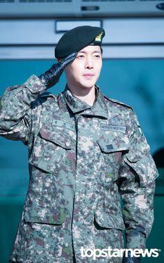 [HD포토] 김현중 더 남자다워졌네 #김현중 #전역 #김현중전역