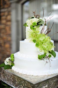 Lime Green & White Wedding Cake  - PHOTO SOURCE • JAMIE Y PHOTOGRAPHY