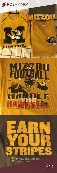 MIZZOU TSHIRT HAUL!🐯 3 mizzou Tshirts! 2 are from on campus football games, 1 is a long sleeve underarmor long sleeve dry-fit. These are in great condition. I had so many shirts from college I doubt I even wore these😅 all 3 are a size small. Under Armour Tops Tees - Long Sleeve