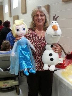 """Look who is here for #Christmas! #Elsa and #Olaf!! Elsa sings """"Let It Go"""" and Olaf lights up. Both are 26"""" tall and are $29.99 each! Get them before they sell out! www.youravon.com/joylehman"""