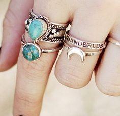 Anéis, muitos anéis