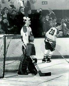 Montreal Canadiens, Hockey Goalie, Ice Hockey, Dennis Kane, Field Goal Kicker, Frozen Pond, Goalie Mask, Tampa Bay Lightning, Los Angeles Kings
