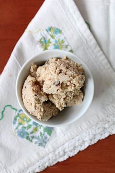 This sinfully good recipe for No-Churn Coconut Cashew Ice Cream with almonds and chocolate bits is actually quite healthy. No ice cream maker needed!