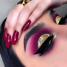 makeup style makeup style eye makeup makeup for beginners makeup kit price makeup aesthetic makeup 5 minute crafts makeup dp pic Eye Makeup Designs, Eye Makeup Art, Skin Makeup, Eyeshadow Makeup, Makeup Kit, Disney Eye Makeup, Makeup Drawing, Eyeshadows, Crazy Makeup