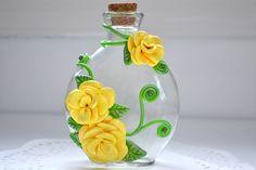 Decoración de flores esculpidas florero por CraftyClayStudio