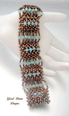 Egyptian Bracelet from Beadwork - Designer Shelley Nybakke Beaded Braclets, Seed Bead Bracelets, Beaded Jewelry, Handmade Jewelry, Seed Beads, Jewelry Patterns, Bracelet Patterns, Beading Patterns, Jewelry Making Tutorials