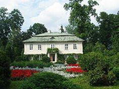 http://www.dwory-polskie.pl/x.php/1,29/Muzea-w-dworach.html