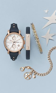 Women's accessories. Merry must-haves. Our women's accessories make truly excellent presents (even for yourself).