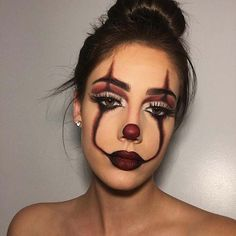 Are you looking for ideas for your Halloween make-up? Check out the post right here for unique Halloween makeup looks. Halloween Makeup Clown, Halloween Looks, Couple Halloween, Halloween Ideas, Spooky Halloween, Easy Clown Makeup, Scarecrow Makeup, Halloween College, Pennywise Halloween Costume