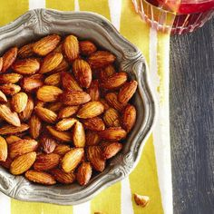 Whole almonds have less calories than we thought! Chatelaine Recipes, Spiced Almonds, Almond Nut, Breakfast Snacks, Almond Recipes, Party Snacks, Creative Food, Vegan Vegetarian, A Food