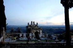 Il piccolo cimitero di Toiano [Photo Credits: Anne Jacko]