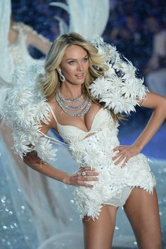 Victoria's Secret Fashion Show 2013 Pictures - Outfits The Show - Snow Angels  Candice Swanepoel.