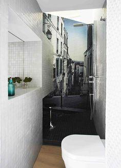 Perímetro es el nombre de este proyecto creado por el estudio de arquitectura Zooco y revestido por Hisbalit en Casa Decor Madrid 2013. Un espacio diáfano de sólo 36 metros cuadrados distribuido en una zona central compartida y ambientes dedicados en todo el perímetro de la vivienda.