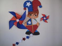 Tal como les comenté en el post Gorrito chileno de goma eva y Remolino tricolor estoy trabajando en decoración para fiestas patrias, Pamela mi hermana ador