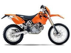 The first thing that had to go was that ginormous fuel tank. Lots of other little mods over the years, but I still love this bike. Ktm 250, Motocross Ktm, Motos Ktm, Ktm 525 Exc, Motocross Maschinen, Ktm Parts, Ktm Dirt Bikes, Dirt Biking, New Ktm