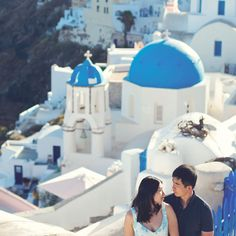 The perfect honeymoon photography session on the spectacular island of Santorini. Honeymoon Photography, Film Photography, Couple Photography, Santorini, Greece, Island, Greece Country, Couple Photos, Islands