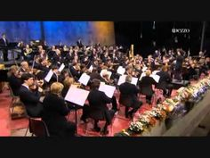 Dudamel and Berlin phiharmonic Tango, Conductors, Orchestra, Berlin, Singing, Concert, Youtube, Music Videos, Feelings
