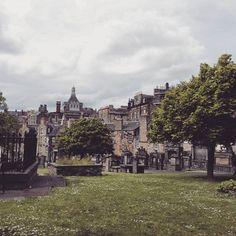 🌍✈ #edinburgh #graveyard #thomasriddle  #mcconagall #harrypotter #scotland #lifethroughcamera