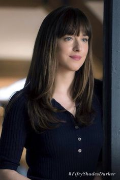 New hair grey brunette bangs ideas - Hair Bangs Dakota Johnson Hair, Dakota Johnson Style, Dakota Mayi Johnson, Brunette Bangs, Long Brunette, Hairstyles With Bangs, Trendy Hairstyles, Anastasia Steele Outfits, Anastasia Steele Style