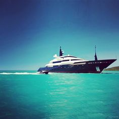 Instagram photo by @ballards.elite via ink361.com Luxury Yachts For Sale, Yacht For Sale, Sailing, World, Instagram Posts, Travel, Candle, Viajes, Destinations