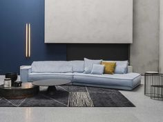 Iconic Baxter Budapest Soft sofa is available at the best price online. Comfortable home decor made in Italy, style design and character. Sofa Design, Furniture Design, Interior Design, Budapest, Leather Sofa Set, Cowhide Leather, Living Room Trends, Living Room Sectional, Home Decor