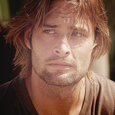 Sawyer, Josh Holloway, Lost, sexy guy, male actor, long hair fashion, beard, celeb, famous, love this guy to death, portrait, photo