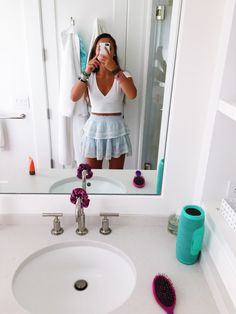 Best Picture For teen fashion outfits summer For Your Taste You are looking for something, and it is Teenage Outfits, Teen Fashion Outfits, College Outfits, Outfits For Teens, Girl Outfits, Church Outfit For Teens, Dance Outfits, School Outfits, Cute Casual Outfits