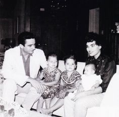 with Vivian & their 3 daughters