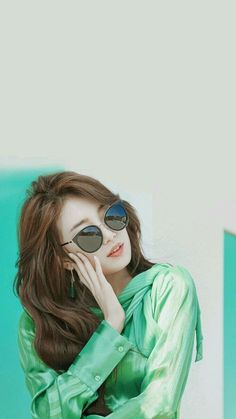 Top 20 Busty Teenage Girls with Sunglasses Wallpapers Bae Suzy, Stylish Girl Images, Stylish Girl Pic, Miss A Suzy, Girl With Sunglasses, Idole, Girl Attitude, How To Pose, Korean Actresses