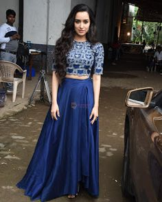 Shraddha Kapoor on the the sets of Colors Dance Deewane in filmcity on Aug 2018 Dress Indian Style, Indian Fashion Dresses, Indian Gowns, Girls Fashion Clothes, Indian Outfits, Cute Prom Dresses, Wedding Dresses For Girls, Dresses Kids Girl, Diwali Outfits