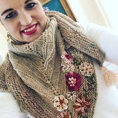 deanna (@smittenknittin) • Instagram photos and videos Dottie Angel, Stitch, Photo And Video, Crochet, Lunch, Instagram, School, Simple, Videos