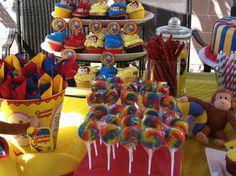 Kids Birthday Themes, Baby Boy 1st Birthday, 1st Boy Birthday, 3rd Birthday Parties, Curious George Party, Curious George Birthday, Kids Carnival, First Birthdays, Alonso