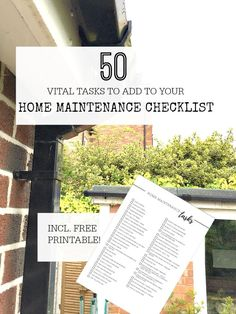 Home maintenance checklist with free printable to help work out what tasks you have to do - use this to create your own home maintenance schedule #homemaintenancechecklist