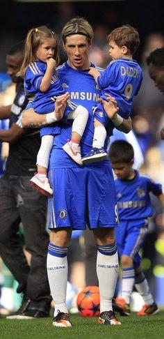 TORRES junto sus hijos - Chelsea 2-1 Blackburn Rovers (Fecha 38 - Premier League)