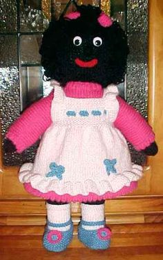 VINTAGE KNITTING PATTERN GOLLIWOG HUMPTY AND BALL TOY TO ...