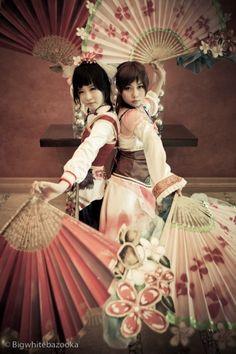 BAHAHA I LOVE THIS! Xiao Qiao & Da Qiao, Dynasty Warriors #cosplay