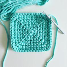 "103 Beğenme, 26 Yorum - Instagram'da jodlove (@jodlove_): ""Jodlovy miętowy #cottoncord #crochet #crochetlove #crochetaddict #trapillo #livingcrochet…"""