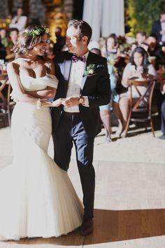 Elegant bohemian wedding in Napa: http://www.stylemepretty.com/2014/08/04/elegant-bohemian-wedding-in-napa/ | Photography: http://ourlaboroflove.com/