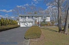 House for sale at West Babylon, NY 11704