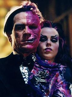 tommy lee jones as two face, amazing.