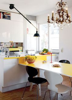 DIY Dining Table Extending From Kitchen Island (not totally my style but i like the clean lines + retro)