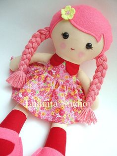 Handmade cloth doll... Eco-Friendly Doll... sweet ragdoll...Amo il Rosa