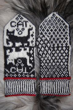 Ravelry: Cat Narcissusa Mittens pattern by Connie H Design Mittens Pattern, Knit Mittens, Knitting Socks, Hand Knitting, Knitting Charts, Knitting Patterns, Crochet Patterns, Knitted Cat, Knitted Gloves