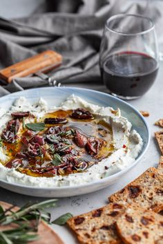 Marinated Goat Cheese Spread Cow's exploit as well as goat's milk products possess very similar Marinated Cheese, Marinated Olives, Yummy Appetizers, Appetizer Recipes, Simple Appetizers, Seafood Appetizers, Party Appetizers, Goat Cheese Recipes, Cheese Spread