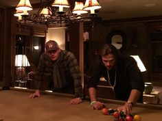 Jensen Ackles on Twitter: #HappyNewYear y'all... gonna show this young buck how shoot some 8 ball. @jarpad #SPNFamily