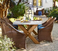 Outdoor dinner party anyone? The Abbott Zinc Top Rectangular Dining Table is the perfect tablescape!