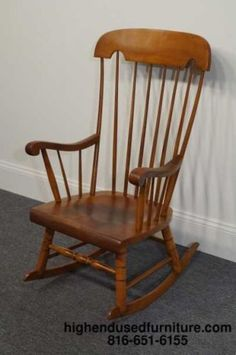 TELL CITY Rock Maple 650 Boston Rocker #48 Andover Finish